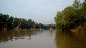 Echipa, pe sub viaductul de la Pâclișa, cred :)