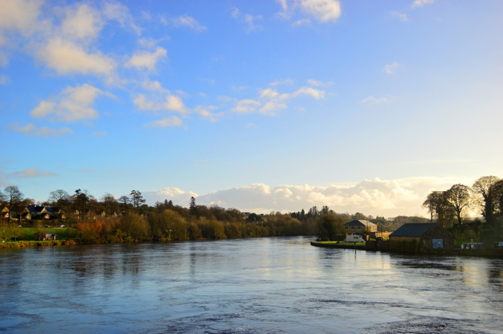 Shannon-ul, de pe podul dintre Killaloe și Ballina